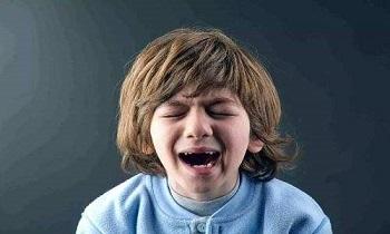 父母如何面对孩子闹情绪?