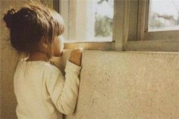 儿童自卑的早期征兆是什么?