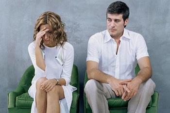 妻子对沉默的丈夫怎么应对