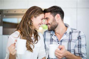 情侣同居不要草率进入婚姻生活,需了解清楚这4大问题!
