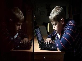 网瘾会左右青少年的心理成长吗?