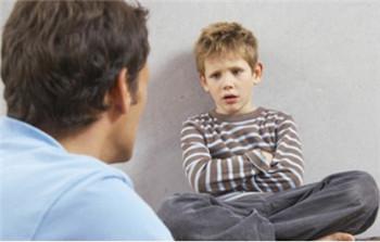 孩子青春期叛逆期如何教育?5个转变,既给他空间,也赋予他责任